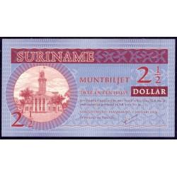 Surinam 2´5 Dólares PK 156 (1-1-2.004) S/C